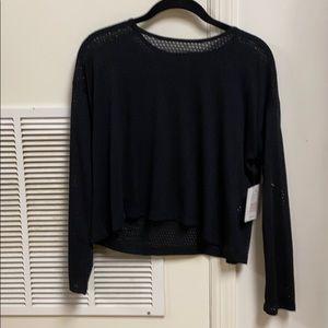 Beyond yoga mesh me up pullover black